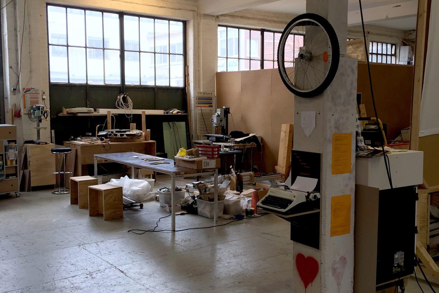 lerchenstra e hamburg kreativ gesellschaft. Black Bedroom Furniture Sets. Home Design Ideas
